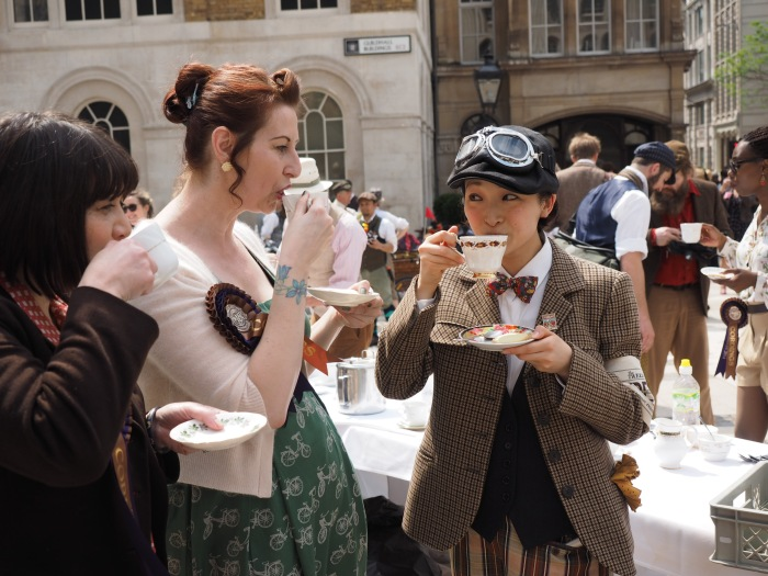 Tweed Run in London